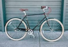 8927e8439ef This is the best bike for the rider who wants the sleek style of a fixie