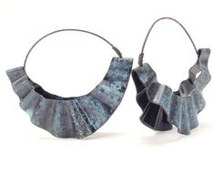 Large copper hoop earrings, patina in turquoise/green and black verdigris with a flirty ruffled shape are quite sassy. These earrings are light and comfy to wear. Whether dancing the night away or strolling thru a gallery you'll feel super cute. Patina is an ancient process adding