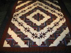 Hand-stitched Log Cabin Quilt with Star Border is Red : Lot 95