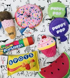 🍭🍦🍩🍬🍉 Does your pup have a sweet tooth??!? Bring them by Hound & Cat today & pick from a variety of different baked goods, candies & treats made especially with your fur baby in mind.  #houndandcat #houndandcatpetsupplies #houndandcatutah #dogwash #dogsofutah #dogsofut #petsupplies #shoplocal #utahpets #catsofutah #dogboutique #dogfriendly #doglife #dogplush #plushtoy #chewtoy #dogtoys