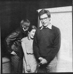 The original Golden Trio: Luke, Leia, and Han Solo. Mark Hamill, Carrie Fisher, and Harrison Ford. Behind the scenes of Star Wars IV: A New Hope in 1977 Star Wars Film, Star Wars Rebels, Star Trek, Star Wars Cast, Mark Hamill, Harrison Ford, Carrie Fisher, Gary Fisher, Frances Fisher