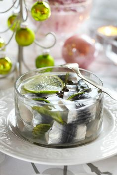 Limettiset maustesilakat // Baltic Herring with lime Food & Style Emilia Kolari Photo Satu Nyström Maku www. White Christmas, Christmas Time, Christian Christmas, Fish And Seafood, Yule, Fish Recipes, Panna Cotta, Food And Drink, Pudding