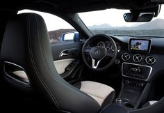 Photo A-Class Mercedes used. Specification and photo Mercedes A-Class Auto models Photos, and Specs Mercedes G Wagon, Mercedes Maybach, Carros Mercedes Benz, Mercedes Benz Classes, Audi Q3, Mercedes A Class Interior, Classe A Amg, Crossover, Fuel Cell Cars