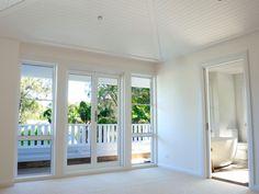 Avalon Beach House by Stritt Design Beach Cottage Style, Coastal Style, Coastal Decor, Home Building Design, Building A House, Tufted Ottoman Coffee Table, Beach Cottages, Beach Houses, Avalon Beach