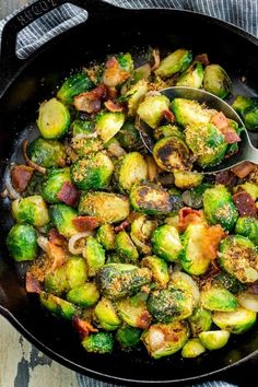 Sautéed Brussels sprouts with bacon will be your new favorite side dish! These green sprouts are topped with crunchy breadcrumbs and served with savory hickory smoked bacon. Brussels Sprouts Recipe With Bacon, Shaved Brussel Sprouts, Brussel Sprout Salad, Pistachio Recipes, Almond Recipes, Bacon Recipes, Vegetable Recipes, Keto Recipes, Vegetarian Recipes
