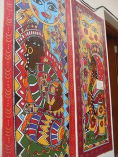 #madubanionwalls Great Madhubani frescos done on walls