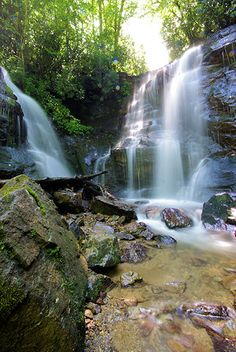 Driving to the end of the Parkway near Cherokee? Just one mile from Milepost 455.7 (on U.S. Highway 19 south) is Soco Falls.1.5 miles past the Parkway, look for a small parking area on the left for Soco Falls (no signs there!). It's a short walk to an observation deck.