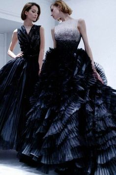 Amazing navy gowns - Christian Dior 2012