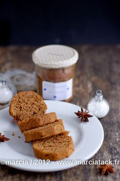 Une idée sublime pour offrir ou conserver les pâtisseries : cuire un gâteau en bocal ! Idéal à glisser dans le panier des cadeaux gourmands fait maison I Love Food, Good Food, Desserts With Biscuits, Cake In A Jar, Cooking Chef, Tasty Bites, Yummy Cakes, Coco, Sweet Recipes