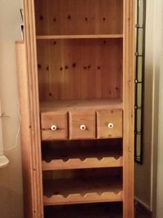 Torget til salgs Bathroom Medicine Cabinet, Free