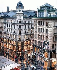 Top 7 Things to do in Vienna Austria : Free Things to do in current temperature in vienna austria exclusive on travelarize travel site Oh The Places You'll Go, Cool Places To Visit, Places To Travel, Travel Destinations, Travel Tips, Rose Brown Hair, Wonderful Places, Beautiful Places, Palacio Imperial
