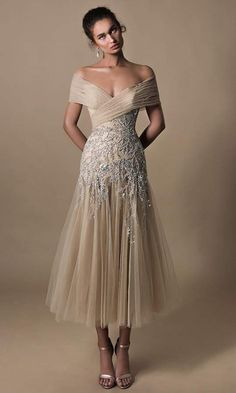 Mother Of The Bride Dresses Long, Mother Of Bride Outfits, Mothers Dresses, Mother Of The Bride Hairdos, Mob Dresses, Tea Length Dresses, Pageant Dresses, Styles Of Dresses, A Line Dresses