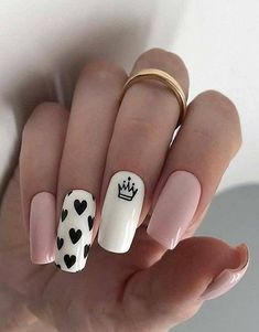 Heart Nail Designs, Valentine's Day Nail Designs, Acrylic Nail Designs, Nails Design, Crown Nail Art, Crown Nails, Nails Yellow, Pink Nails, My Nails