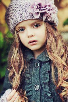 Milana Kurnikova, 7 years old angel, foto by Nadia Sokologorskaya