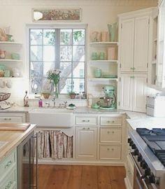 praktische und funktionelle Küche mit Vintage Möbel