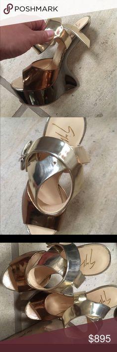 My favorite gold pumps! Giuseppe heels! Light wear, stunning gold heels! Giuseppe Zanotti Shoes Heels