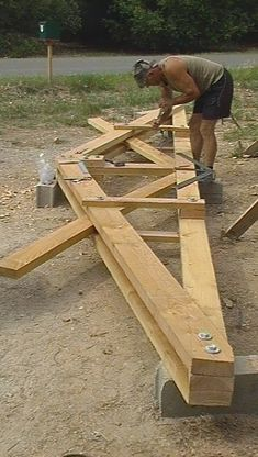 Now You Can Build ANY Shed In A Weekend Even If You've Zero Woodworking Experience! Start building amazing sheds the easier way with a collection of shed plans! Framing Construction, Wood Construction, Barn Plans, Shed Plans, House Plans, Roof Truss Design, Timber Structure, Roof Trusses, A Frame House