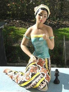 Calif Pottery Delee S 1930s 1950s 9 1 2 Quot Hawaiian Girl