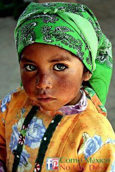 Nena #Tarauhmara. #México.    www.facebook.com/ComoMexicoNoHayDos