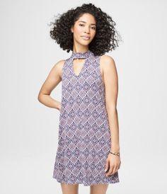 Printed Choker-Cut Shift Dress - Aéropostale®