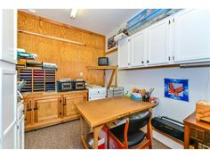 Looking for your own space as a craft room, art studio, or home office? This is it! Offered in this home for sale close to Bethany Beach DE - 104 S Newport Dr, Dagsboro DE