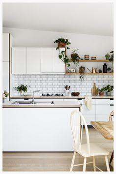 Browse photos of modern kitchen designs. Discover inspiration for your minimalist kitchen remodel or upgrade with ideas for storage, organization, layout and . Kitchen Ikea, New Kitchen, Kitchen Dining, Kitchen White, Kitchen Island, Kitchen Rustic, Kitchen Shelves, Kitchen Small, Kitchen Plants