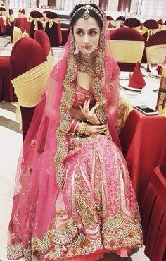 Sanjeeda Pakistani Outfits, Indian Outfits, Bridal Outfits, Bridal Dresses, Beautiful Bride, Beautiful Outfits, Indiana, Rajputi Dress, Bridal Lehenga