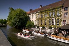 In need of a mid-week getaway? Bruges is straight out of a fairy-tale with winding canals, cobbled streets and medieval buildings. To make your trip a little easier, some of our lovely hotels are offering SLH guests discounts on their mid-week stays from now until the end of March. Get booking now! http://www.slh.com/search/?tags=bruges