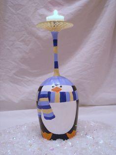Wijnglas in vorm van pinguin.
