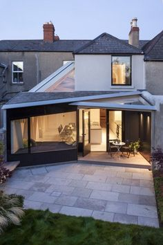 Great idea to angle the rear elevation. Hug the garden and create a really unique extension. www.methodstudio.london