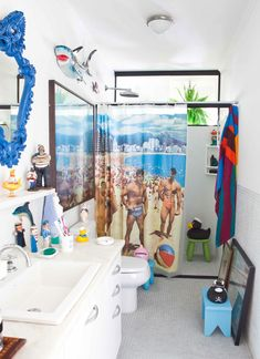 Unbelievable! :D Bathroom is such a small space, where you don't have to spend too much time, so I would easily go for something like this. Easily!