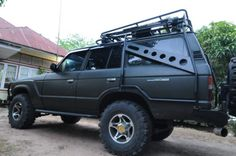 Pretty interesting concept for rock sliders / roll cage