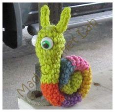 Crochet Snail - free crochet pattern.