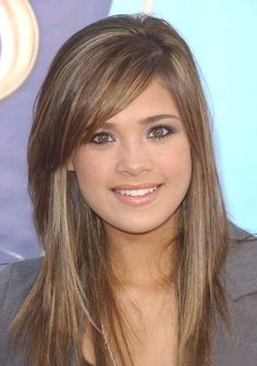 long layered hairstyles with side swept bangs for straight hair - http://www.gohairstyles.net/long-layered-hairstyles-with-side-swept-bangs-for-straight-hair/