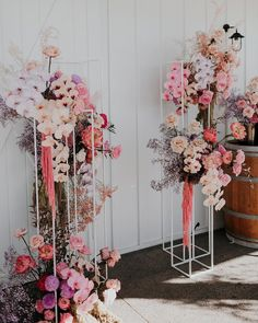 2020 Wedding Trends To Bookmark: Part 1 ⋆ Ruffled Plans are underway for weddings in the new year, so we only thought it fitting to share our favorite 2020 wedding trends. Lilac Wedding, Spring Wedding, Wedding Bouquets, Wedding Flowers, Wedding Colors, Floral Wedding, Ceremony Backdrop, Ceremony Decorations, Paper Wedding Decorations