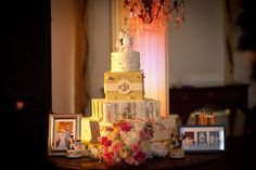 The #wedding #cake featured #square tiers and a #round tier adorned with #gold and #mint details. Photography by: Shanti DuPrez Portrait Design