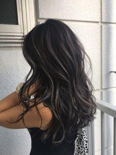 Brown Hair Color Shades, Hair Color Streaks, Hair Color For Black Hair, Hair Color Balayage, Low Lights Hair, Light Hair, Blonde Hair Looks, Brunette Hair, Silver Hair Highlights