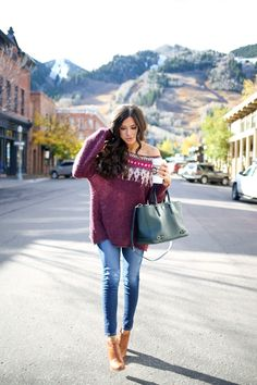 "NOVEMBER 2, 2015 Morning Mountain Time - SWEATER: Free People (wearing sz small for more oversized look!) (also craving THIS sweater) | DENIM: AG | BAG: Tory Burch | BOOTIES: old (similar style HERE & HERE) | SUNGLASSES: Karen Walker (dupes for $12 here) | LIPS: ""Cocoa"" + ""Raquel"" (the perfect light pinkish nude combo) 