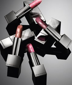 Discover Beauty & Fragrance from Burberry. Shop a collection of runway-inspired beauty looks featuring Burberry Lips, Skin & Glow, Eyes and fragrances. Cute Lipstick, Foto Still, Burberry Makeup, Makeup Package, Cosmetic Design, Beauty Shots, Photo Makeup, Cosmetic Packaging, Foto Pose