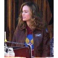 Captain Brie Larson Brown Leather Jacket#leatherjackets #leatherjacket #leather #leatherjacketseason #leatherjacketswag #leatherjacketweather #leatherjacketph #fashion #leatherjacketsforwomen #leatherfashion #jackets #style #leatherjacketstyle #leatherjacketlove #hoodies #leatherjacketgang #leatherjacketmurah #leatherjacketsformen #leatherjacketformen #leatherjacketpainting #leatherjacketguy #leatherpants #leatherjacketforsale #leatherjacketclub #jacket #leatherjacketforwomen #bikerjacket… Brown Leather Bomber Jacket, Distressed Leather Jacket, Brown Jacket, Captain America Leather Jacket, Captain Marvel Trailer, Marvel Jacket, Captain Marvel Carol Danvers, Leather Jackets Online, Flight Bomber Jacket