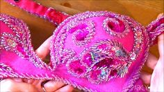 Learn how to make appliques for your belly dance costumes. In this tutorial, you see 3 ways to make beaded appliques and get a free applique pattern! Belly Dance Outfit, Belly Dance Costumes, Diy Costumes, Costume Ideas, How To Sew Sequins, Bordados Tambour, Free Applique Patterns, Social Dance, Tribal Dance
