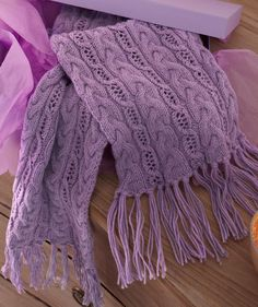 Free! - Luscious Fringed scarf in cable pattern