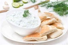 Valentine Special Healthy Recipe: Tzatziki Recipe (Greek Yogurt Dip) Begin the Valentine's Day meal with this fresh, healthy and delicious appetizer. Greek Yogurt Tzatziki Recipe, Greek Yogurt Dips, Tzatziki Recipes, Cucumber Yogurt, Greek Yogurt Recipes, Tzatziki Sauce, Vegan Greek, Greece Food, Nostalgia