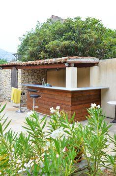 Lovely bar / kitchen. Cuisine d'été - Slowgarden / Design Terrasses et Jardins