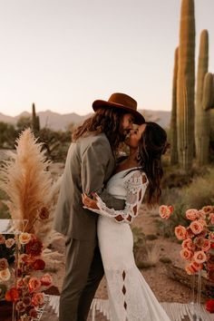 This Saguaro National Park East Wedding Inspo Features All the Colors of the Desert Sunset | Image by Monique Serra Photography