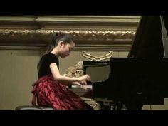 Fantasia No. 3 in D minor, K. 397/385g - Mozart (played by Tiffany Poon).