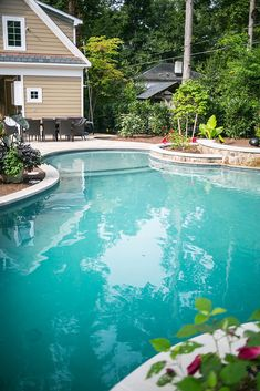 12 Awesome Gunite Pool Yards that's you Love 767 Gunite Swimming Pool, Building A Swimming Pool, Swimming Pool Construction, Building Contractors, Painting Concrete, Luxury Pools, Pool Builders, Dream Pools, Pool Cleaning