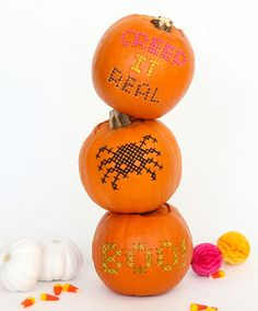 Take your DIY skills to the next level with these cross stitch pumpkins — perfect for a rustic Halloween. Halloween Porch Decorations, Halloween Crafts, Halloween Ideas, Halloween Party, Rustic Halloween, Halloween Costumes, Happy Halloween, Diy Pumpkin, Pumpkin Carving