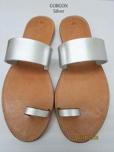 Sandali in pelle fatti a mano realizzati in Grecia da Penelope Sandals Toe Ring Sandals, Silver Sandals, Toe Rings, Gladiator Sandals, Leather Sandals, Real Leather, Brown Leather, Shoes Too Big, Designer Sandals