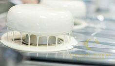 """Приятно когда торт не только очень вкусный, но и выглядит потрясающе. Как говорит чемпион Франции Гийом Мобие """"Покупает глаз"""". Этот рецепт глазури стал…"""